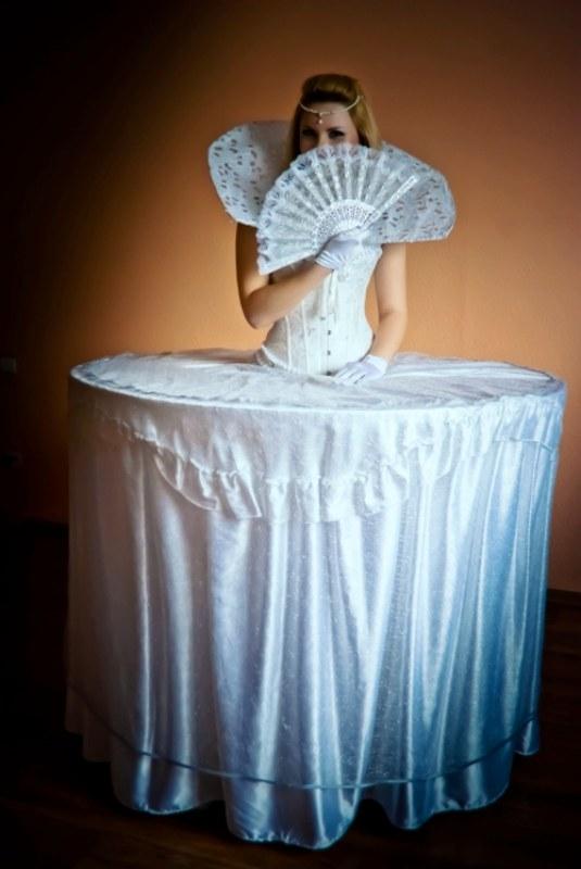 Платье леди фуршет с рукавами